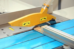 Table saw Straight Cuts
